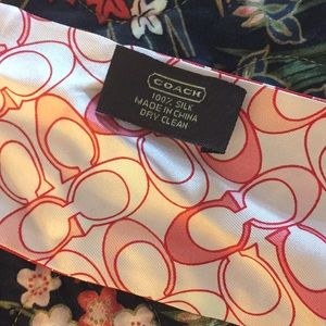 Coach purse tie